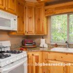 BBE GrizzlyGetaway Cabin 1