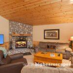 BBE SnowyCreekLodge Cabin 02