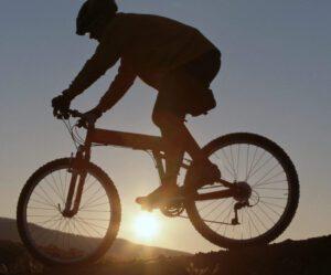 biking e1512927003630